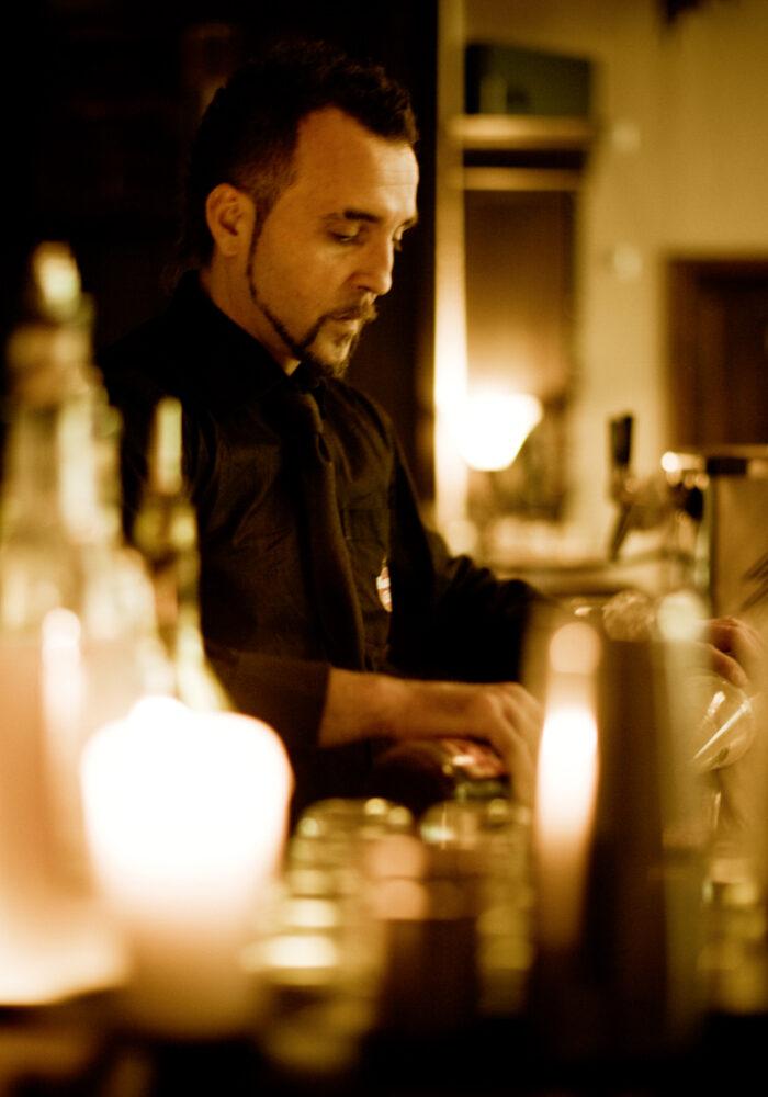 Barkeeper Barrios